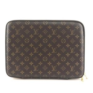 Laptop Sleeve 15 Brown Monogram Canvas Clutch